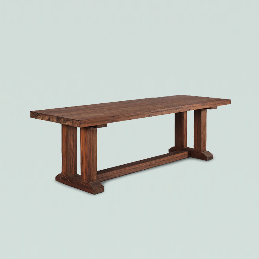 Lisa Table Indoor